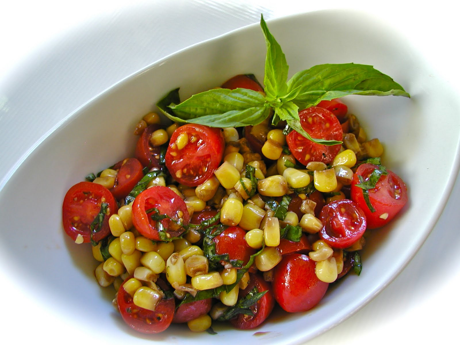 Corn Tomato Salad  Getting Raw Simple Fresh Corn and Tomato Salad