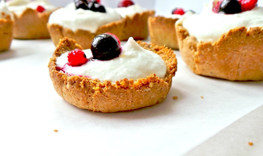 Cottage Cheese Dessert Recipes  HEALTHY COTTAGE CHEESE CHEESECAKE WITH OAT CRUST