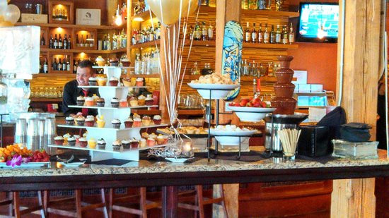 Crave Dessert Bar Charlotte Nc  Red velvet and Strawberry cupcakes Picture of Crave