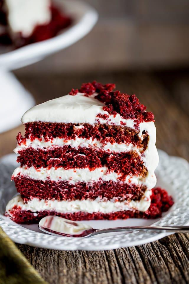 Cream Cheese Frosting For Red Velvet Cake  red velvet cake cream cheese icing