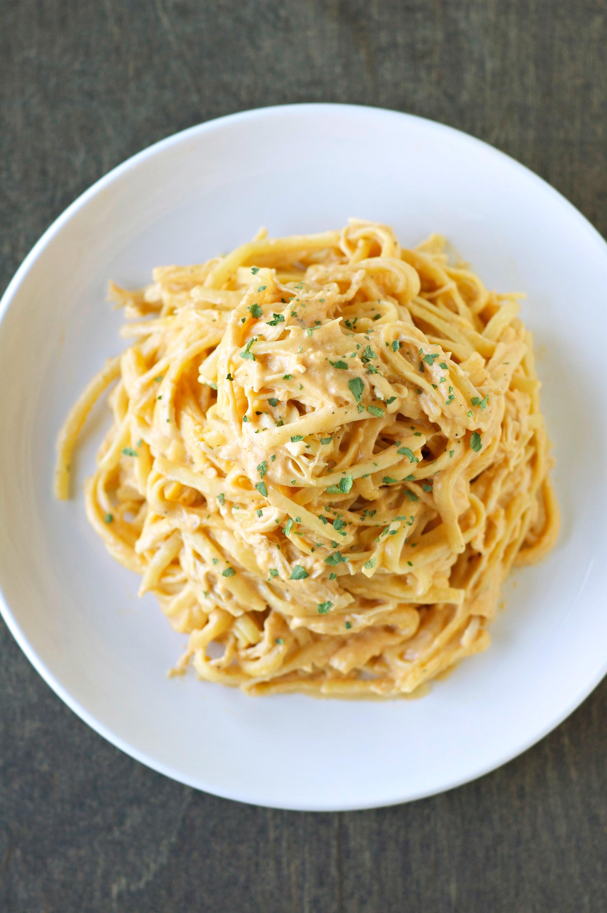 Crock Pot Chicken Spaghetti  Slow Cooker Cheesy Buffalo Chicken Pasta