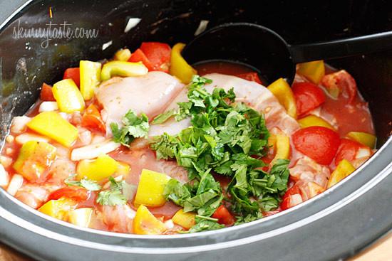 Crock Pot Chicken Stew  Crock Pot Chicken a la Criolla