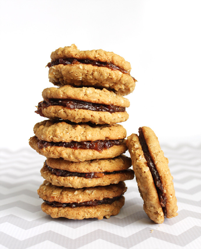 Date Filled Cookies  Date Filled Oatmeal Sandwich Cookies