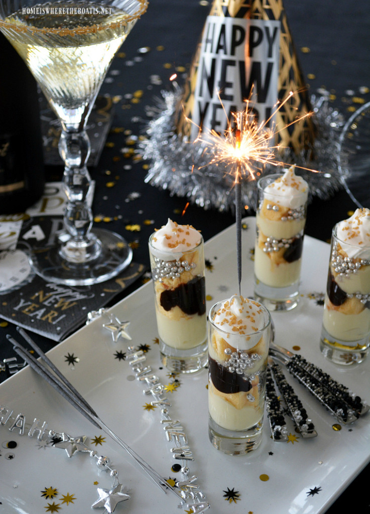 Desserts For New Years Eve  Ring in the New Year with Appetizers Mini Desserts and