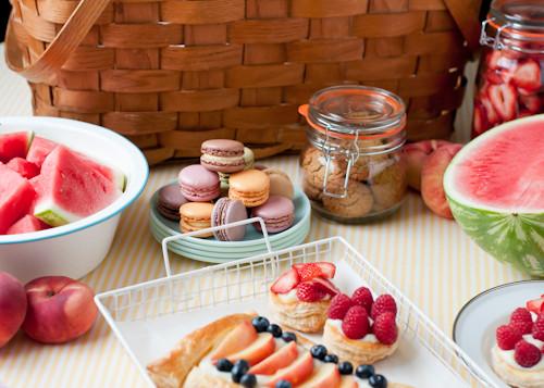 Desserts For Picnic  4 Romantic Picnic Ideas