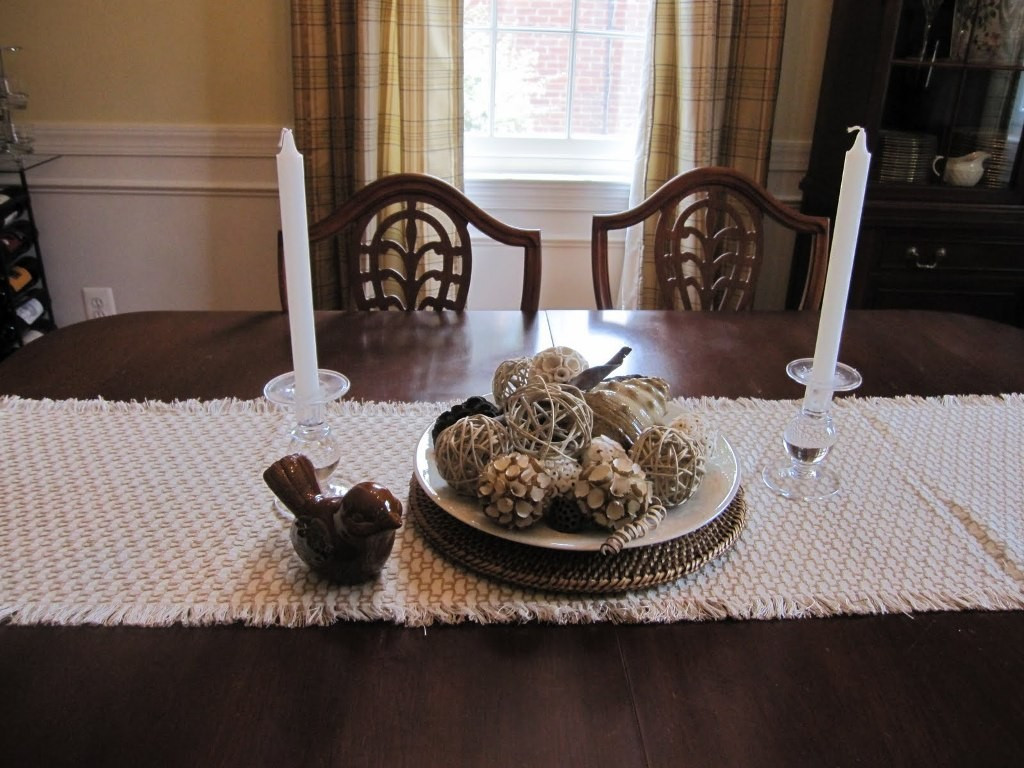 Dinner Table Centerpiece  25 Elegant Dining Table Centerpiece Ideas