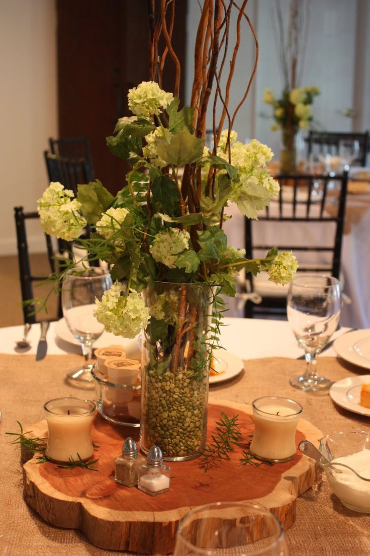 Dinner Table Centerpiece  Best 25 Rehearsal dinner centerpieces ideas on Pinterest