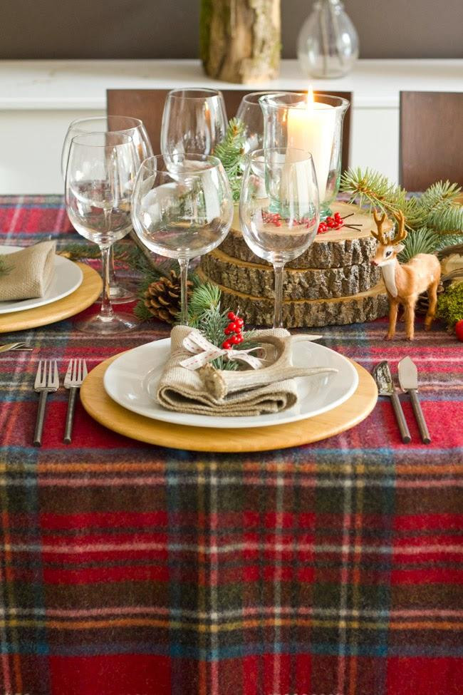 Dinner Table Decorating  28 Christmas dinner table decorations and easy DIY Ideas