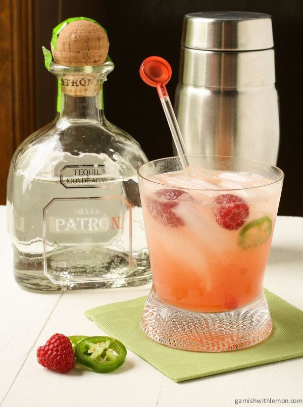 Drinks Made With Tequila  Raspberry Palomas a refreshing summer drink made with