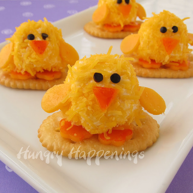 Easter Dinner Appetizers  Baby Chick Cheese Balls cute little appetizers for