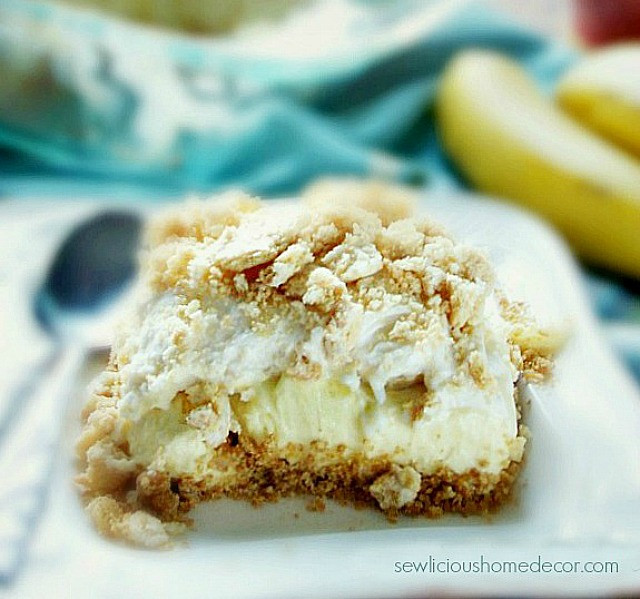 Easy Banana Desserts No Bake  Easy No Bake Banana Pudding Dessert