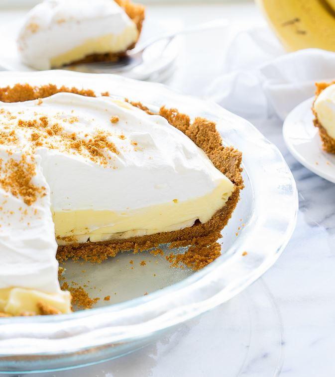 Easy Banana Desserts No Bake  Easy No Bake Banana Cream Pie
