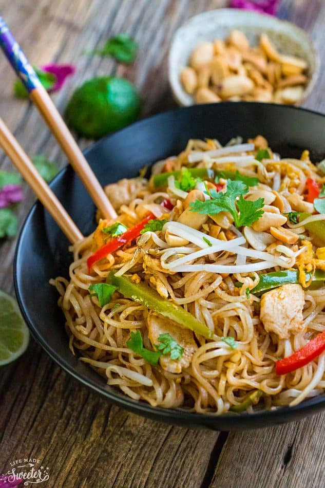 Easy Chicken Pad Thai Recipe  BEST Chicken Pad Thai Noodles Meal Prep RECIPE VIDEO