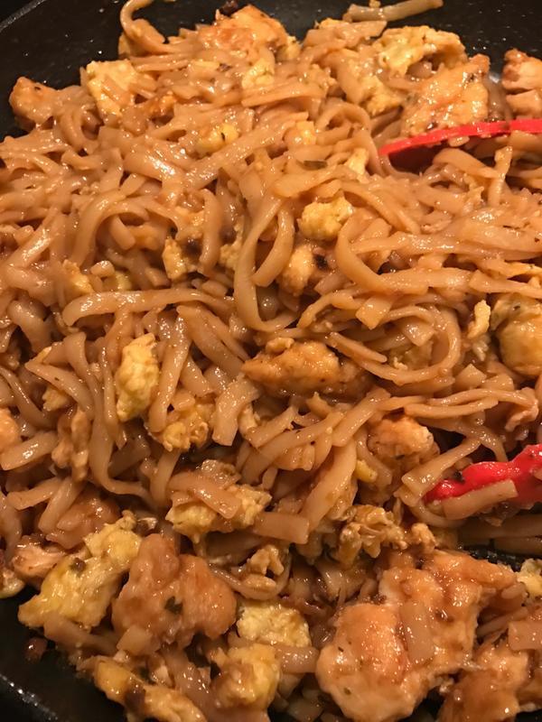 Easy Chicken Pad Thai Recipe  Quick & Easy Chicken Pad Thai