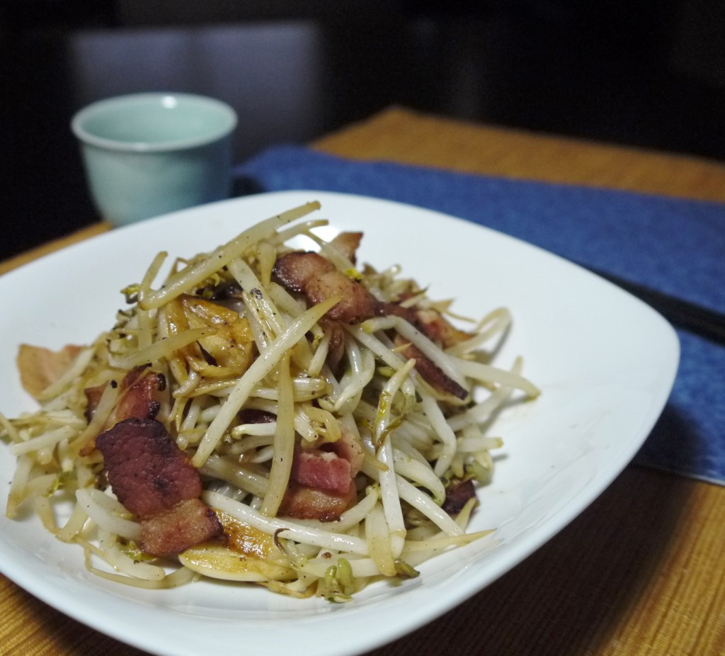 Easy Chinese Recipes  Quick and Easy Stir fry Bean Sprouts with Bacon Bites
