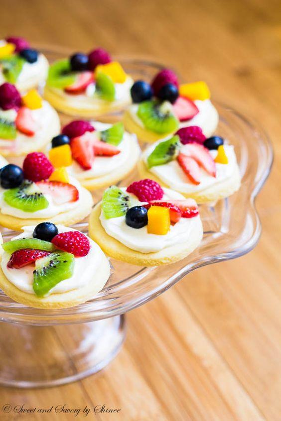 Easy Fruit Desserts  Mini Fruit Pizzas Recipe