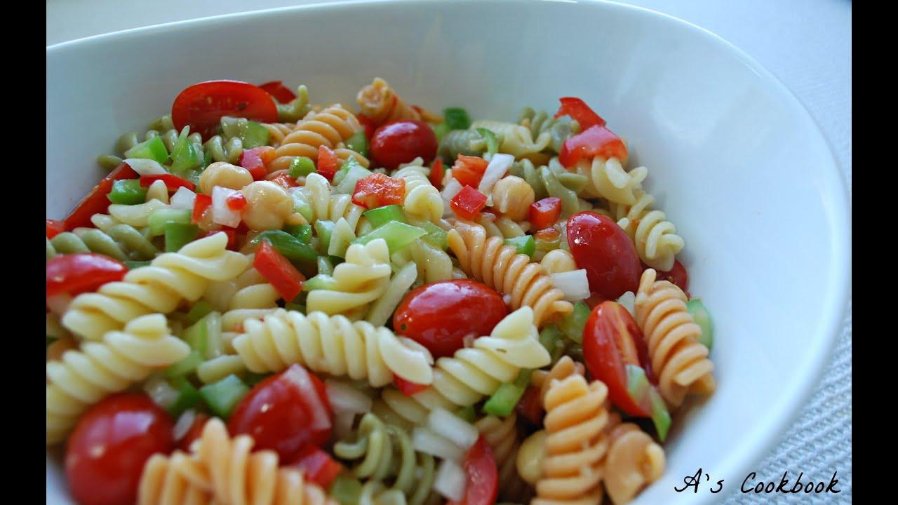 Easy Pasta Salad Recipes  simple pasta salad recipes