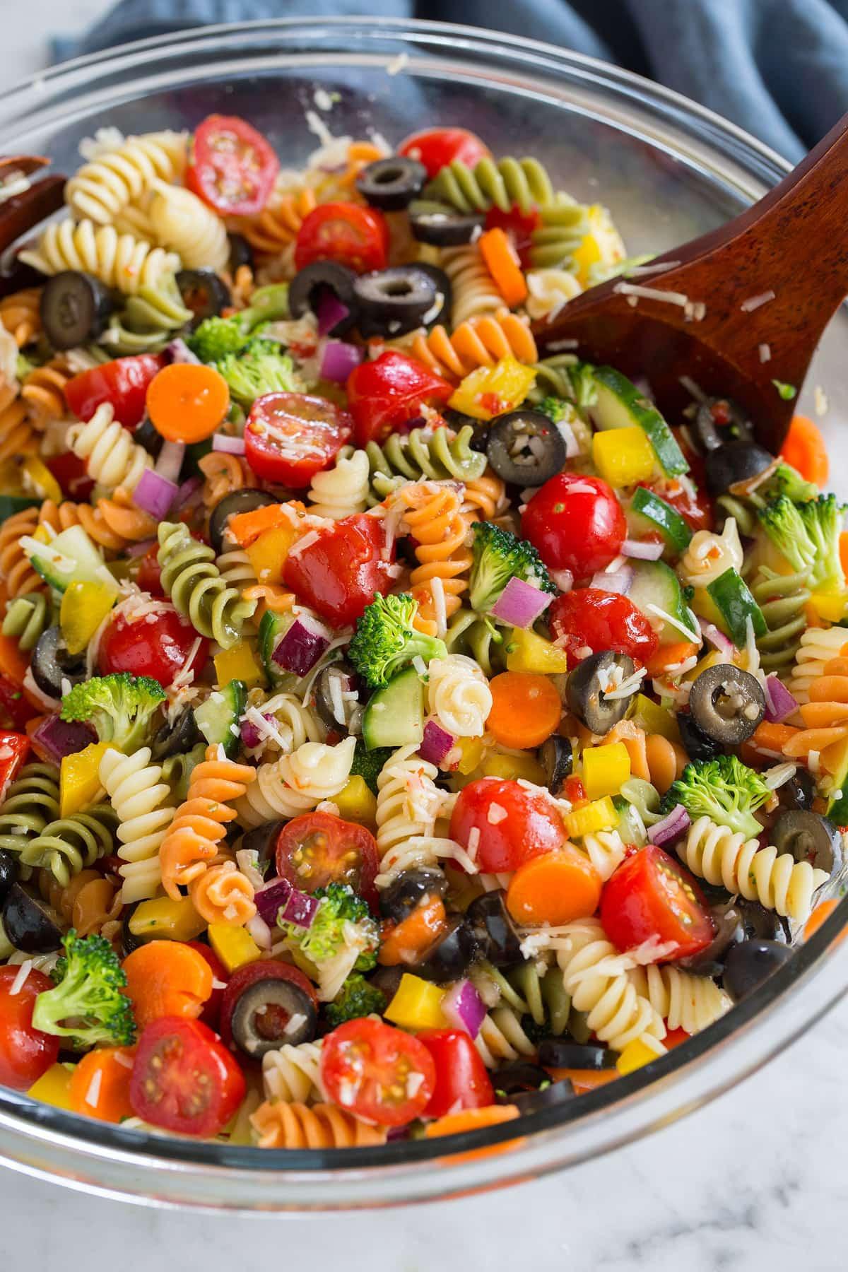Easy Pasta Salad Recipes  Pasta Salad Recipe SO Easy