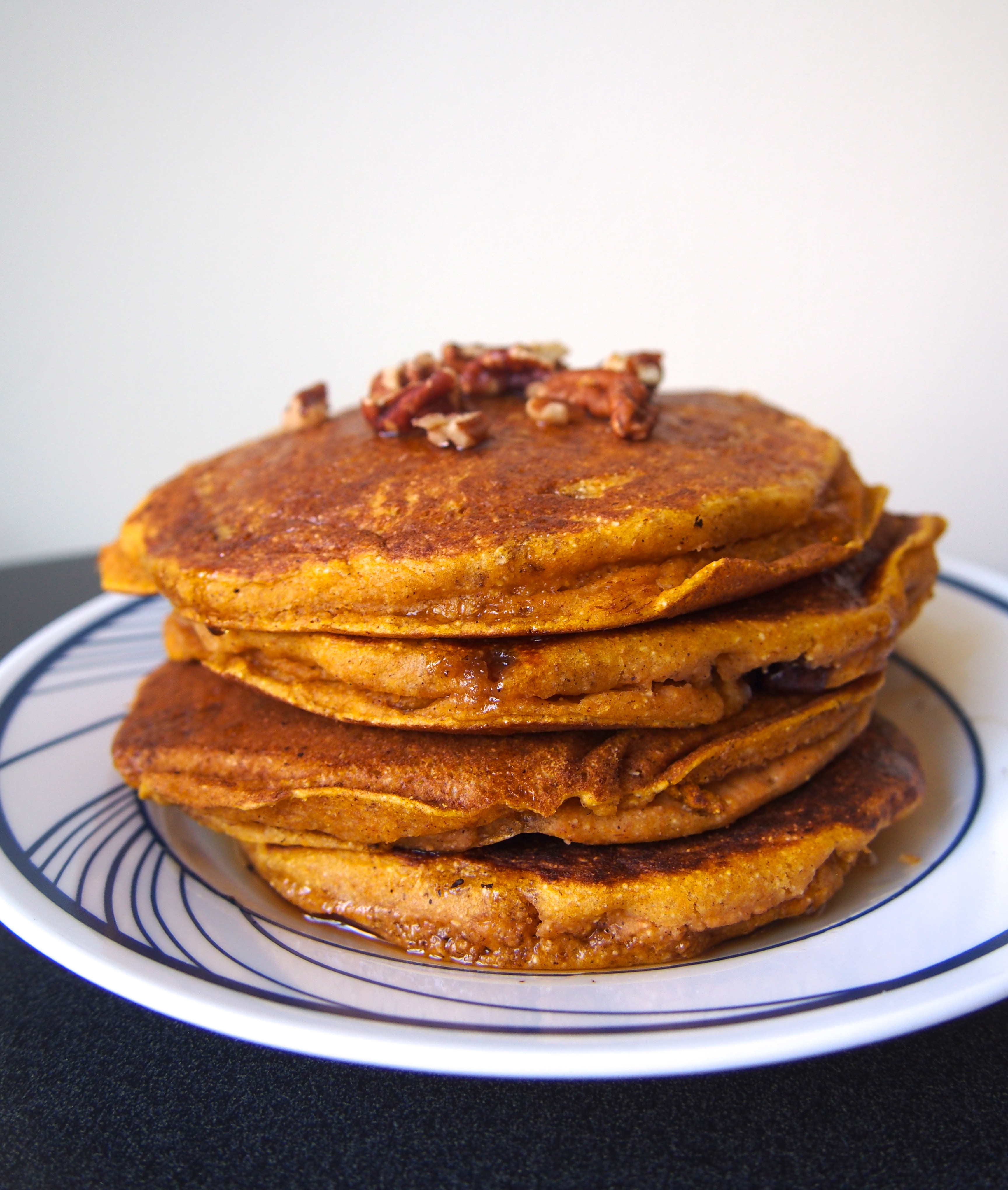 Easy Pumpkin Pancakes  Easy Pumpkin Pancakes Not Your Average College Food