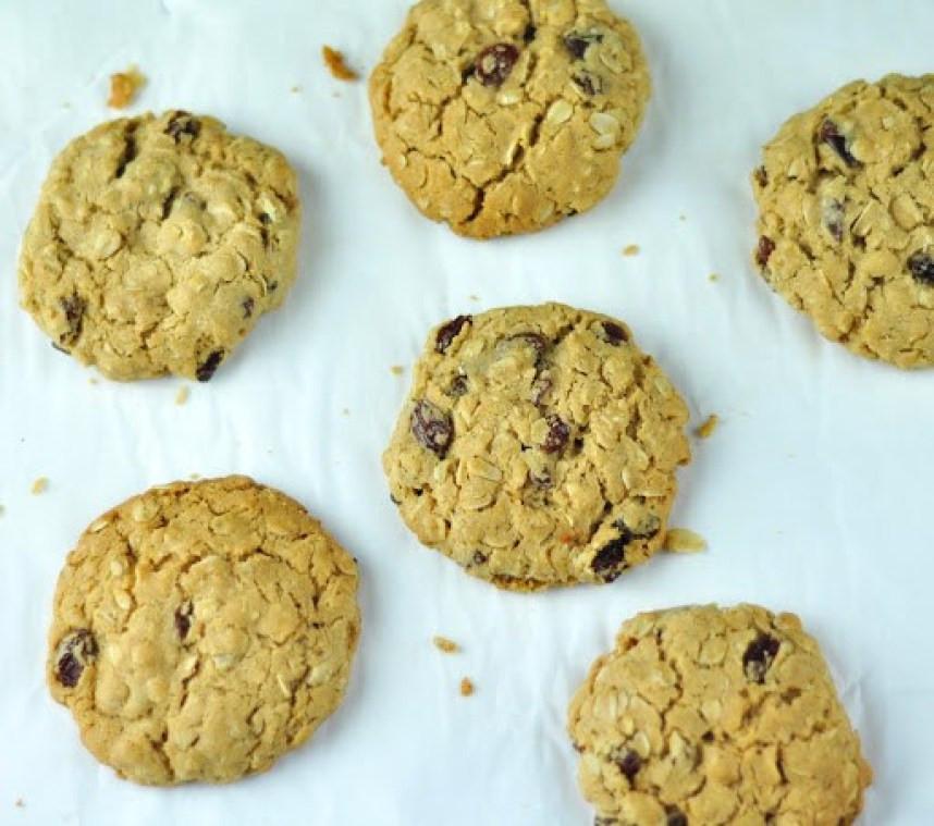 Eggless Oatmeal Cookies  EGGLESS OATMEAL COOKIES WITH RAISINS Anto s Kitchen