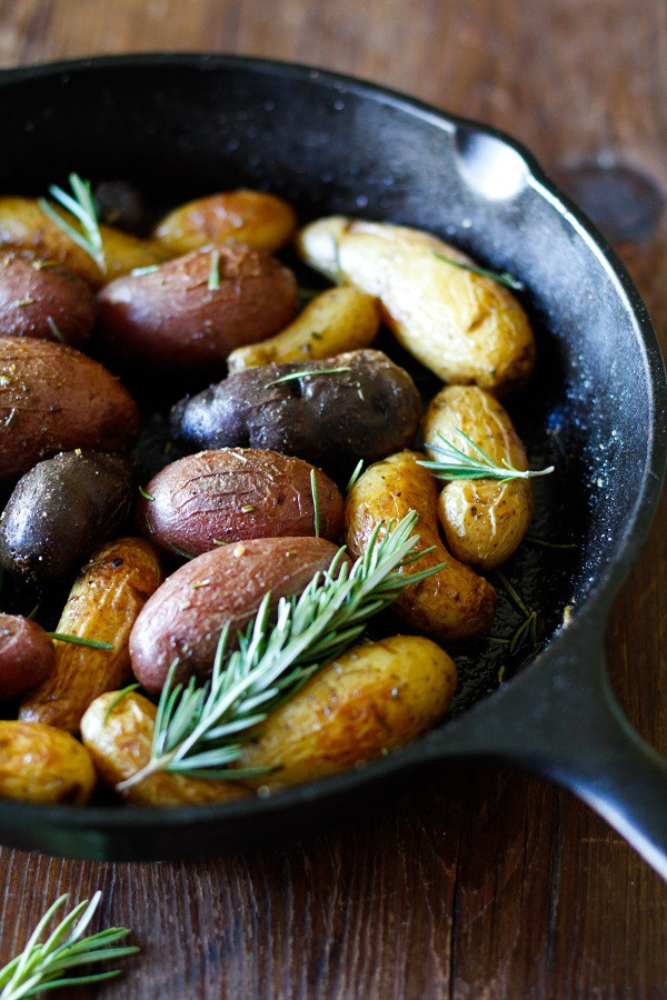 Fingerling Potato Recipes  Rosemary Roasted Fingerling Potatoes