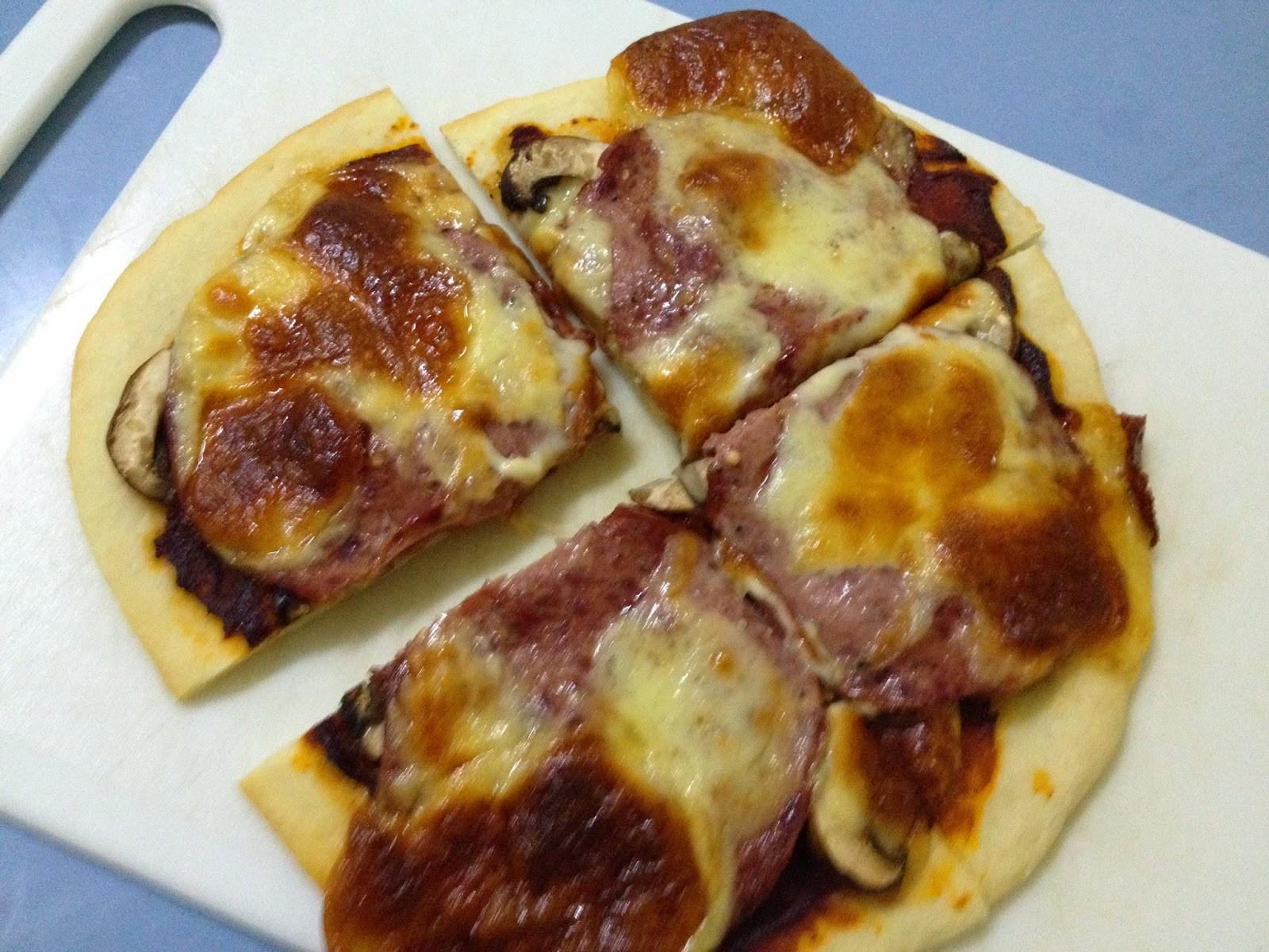 Food Processor Pizza Dough  TOPSY TURVY KITCHEN ♥ Pizza Dough Using Food Processor
