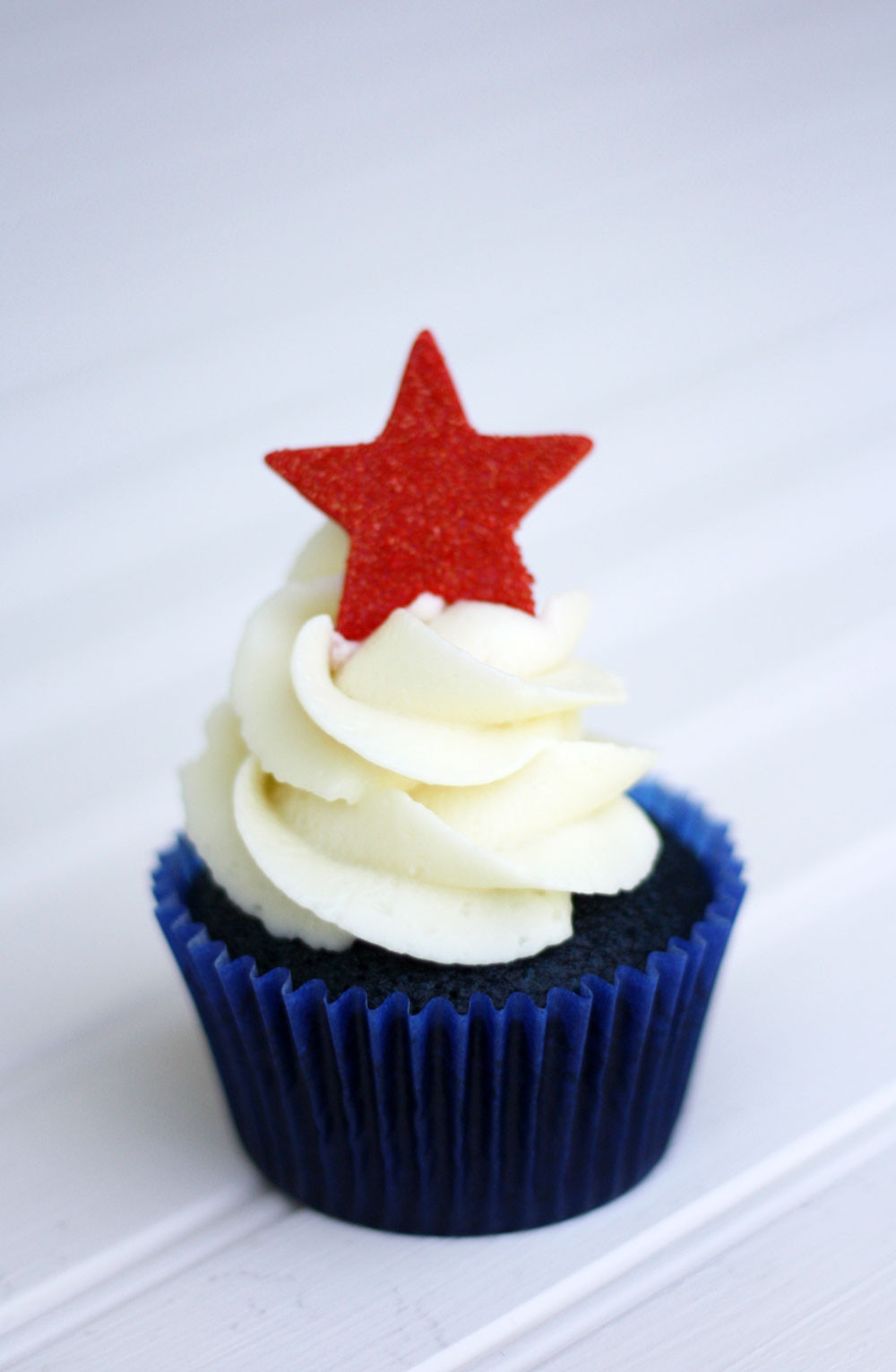 Fourth Of July Cupcakes  Red White and Blue Velvet 4th of July Cupcakes Super