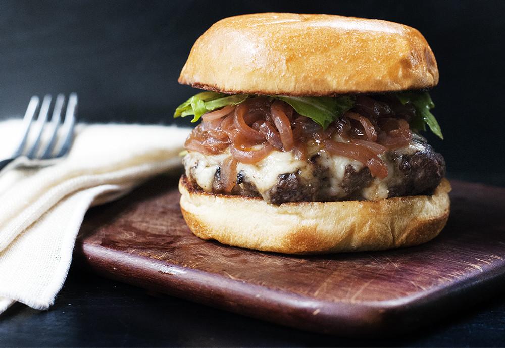 French Onion Soup Burger  french onion soup burger recipe