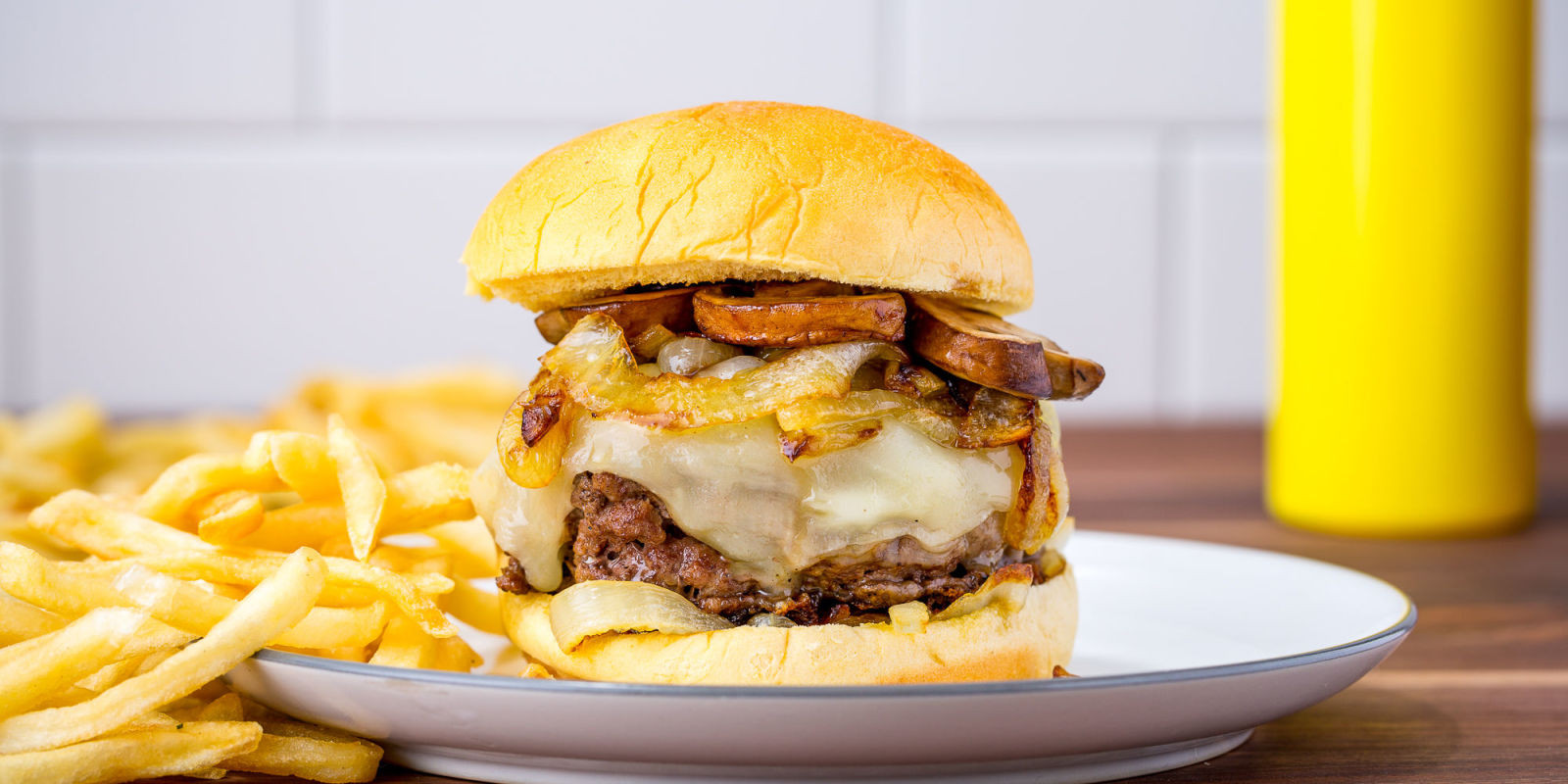 French Onion Soup Burger  Best French ion Soup Burger Recipe Best Burger Recipes
