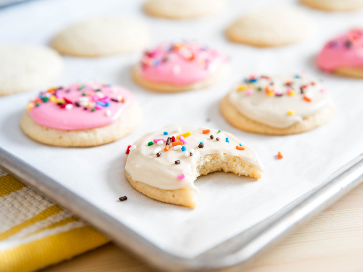 Frosted Sugar Cookies  Lofthouse Style Frosted Sugar Cookies Recipe