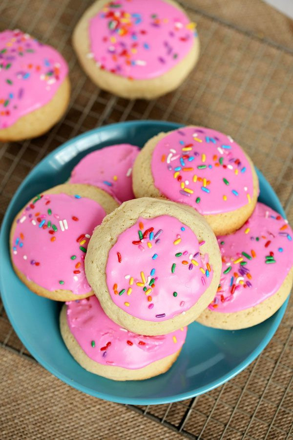Frosted Sugar Cookies  Soft Frosted Sugar Cookies Better than Lofthouse