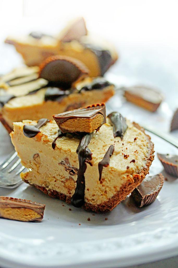 Frozen Peanut Butter Pie  Reese s