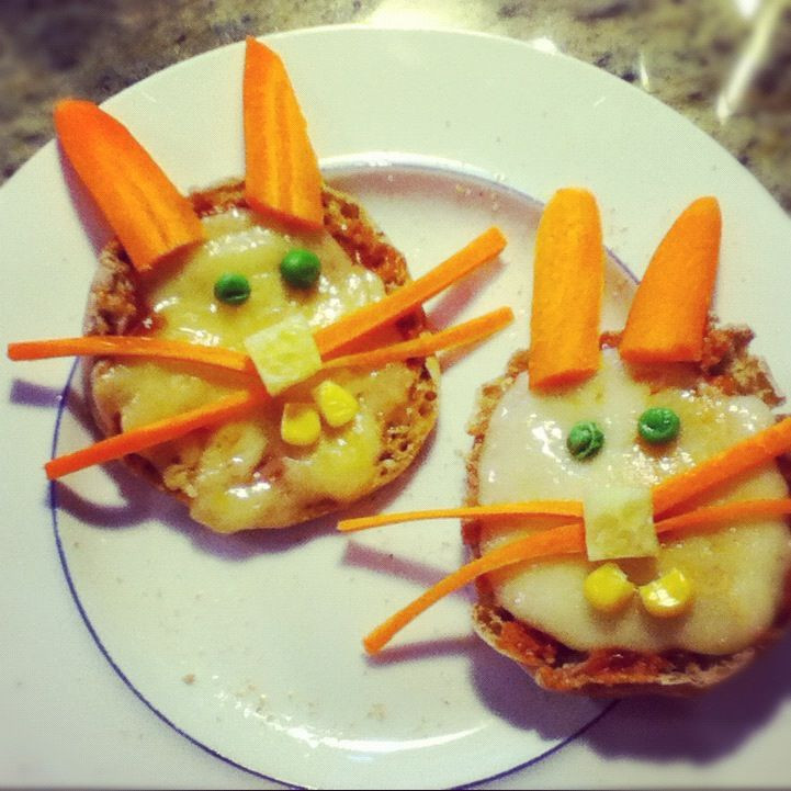 Fun Dinners For Kids  Fun dinner for kids As simple as an English muffin some