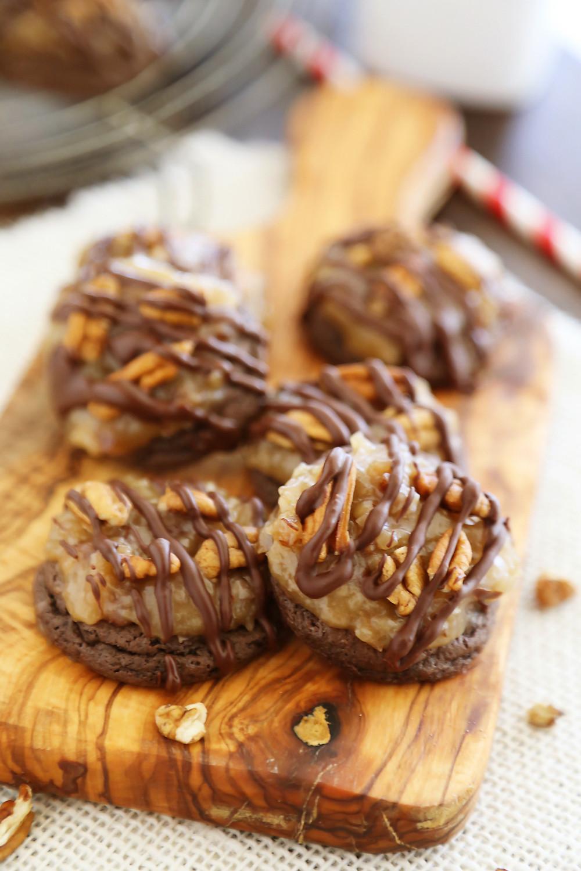 German Chocolate Cake Cookies  Gooey German Chocolate Cake Cookies