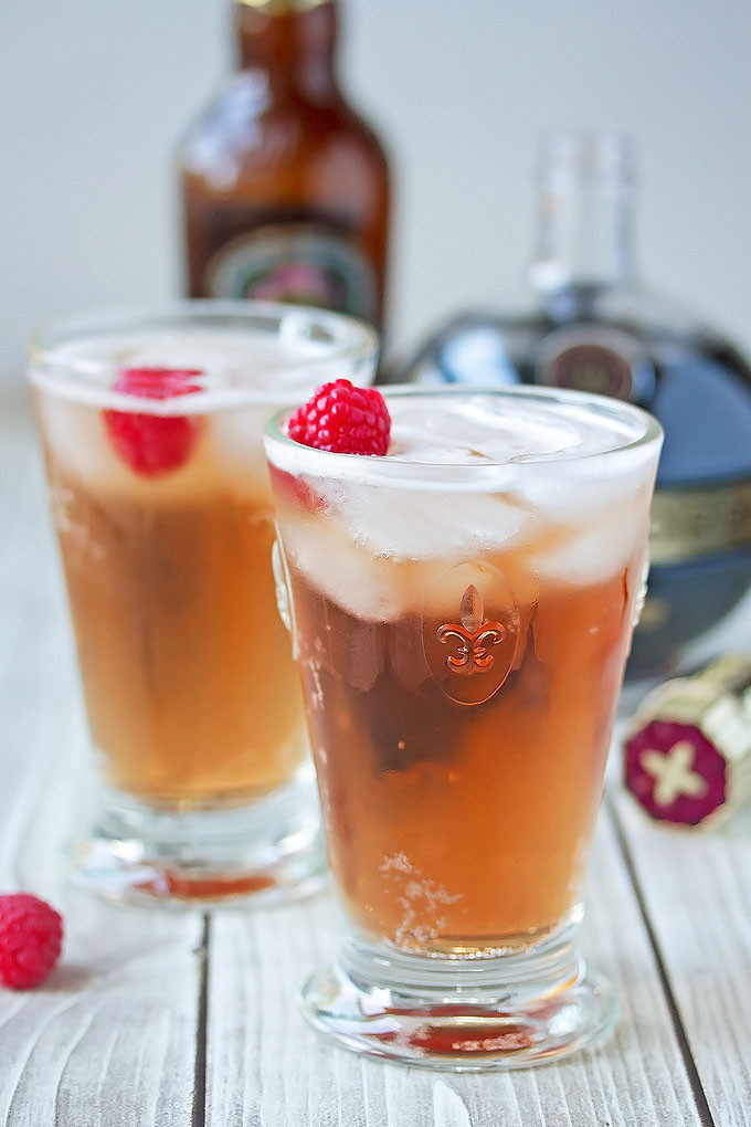 Ginger Beer Cocktails  Chambord & Ginger Beer Cocktail