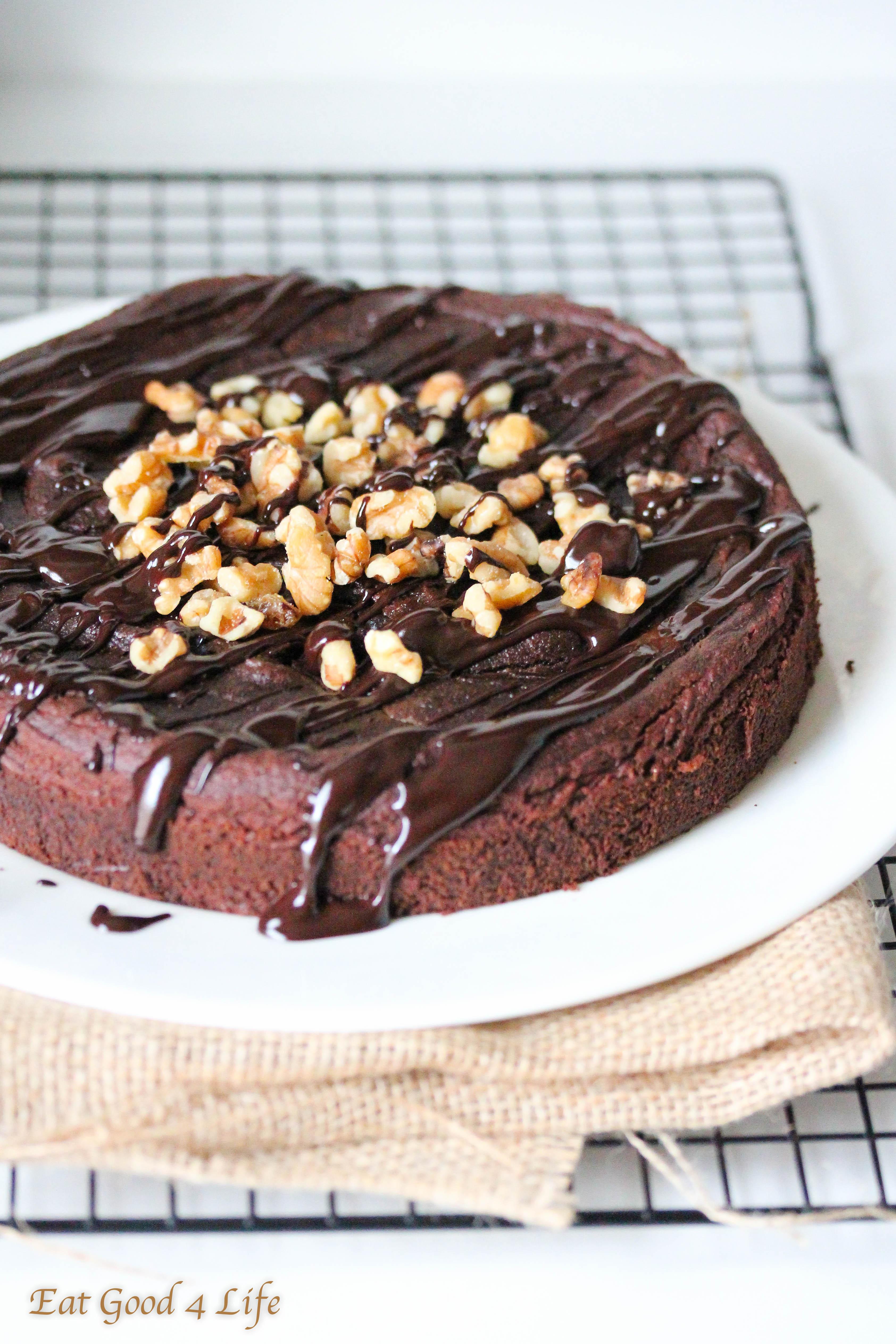 Gluten Free Chocolate Cake Recipe  Gluten free chocolate avocado cake