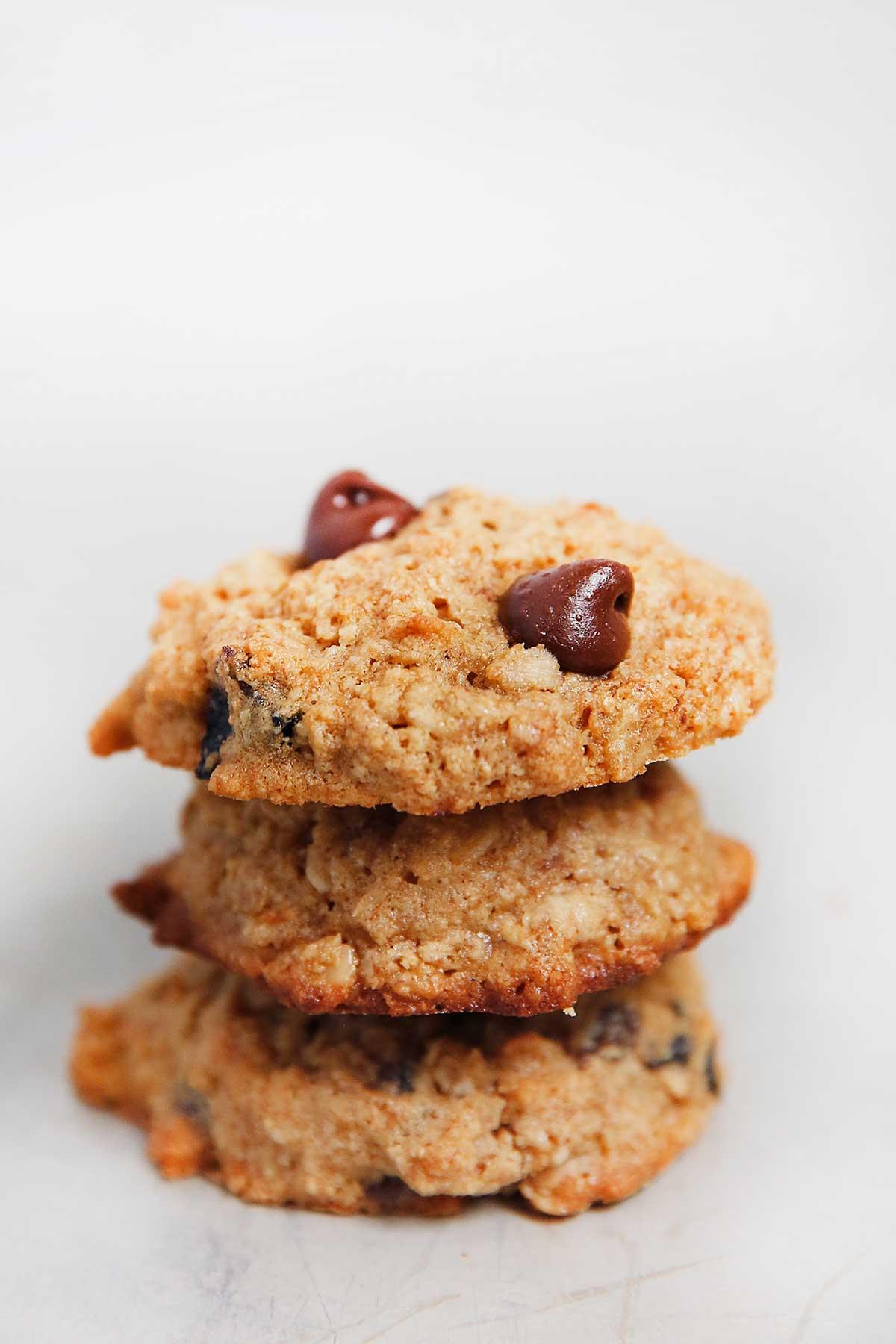 Gluten Free Oatmeal Raisin Cookies  Oatmeal Raisin Chocolate Chip Cookies Lexi s Clean Kitchen