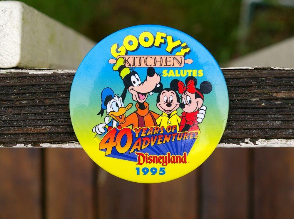 """Goofy'S Kitchen Dinner  Walt Disney Round 3"""" Pin Pinback Button """"Goofy s Kitchen"""