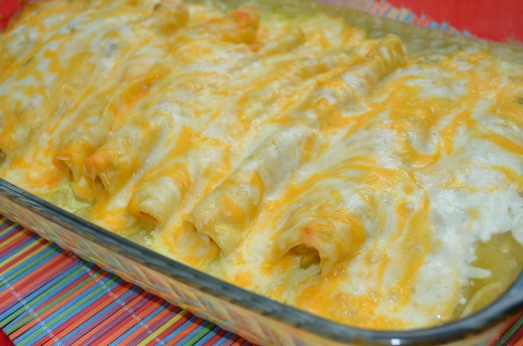 Green Chicken Enchiladas  Recipe Green Chili Chicken Sour Cream Enchiladas