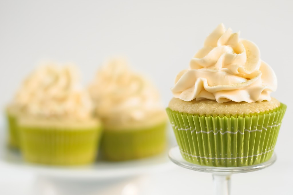 Green Tea Cupcakes  Green Tea Cupcakes with Honey Frosting Baked In