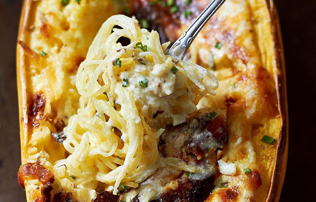 Grilled Spaghetti Squash  Baked Four Cheese Garlic Spaghetti Squash — Eatwell101
