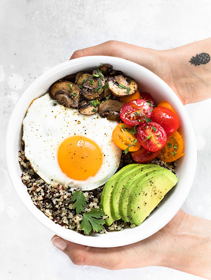 Healthy Foods For Breakfast  Healthy Breakfast Bowl with Egg and Quinoa As Easy As