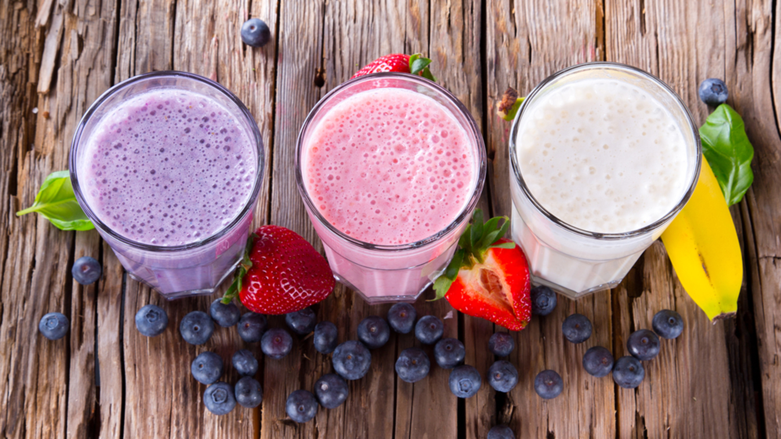 Healthy Fruit Smoothies  How to order a healthy smoothie plus a great chocolate