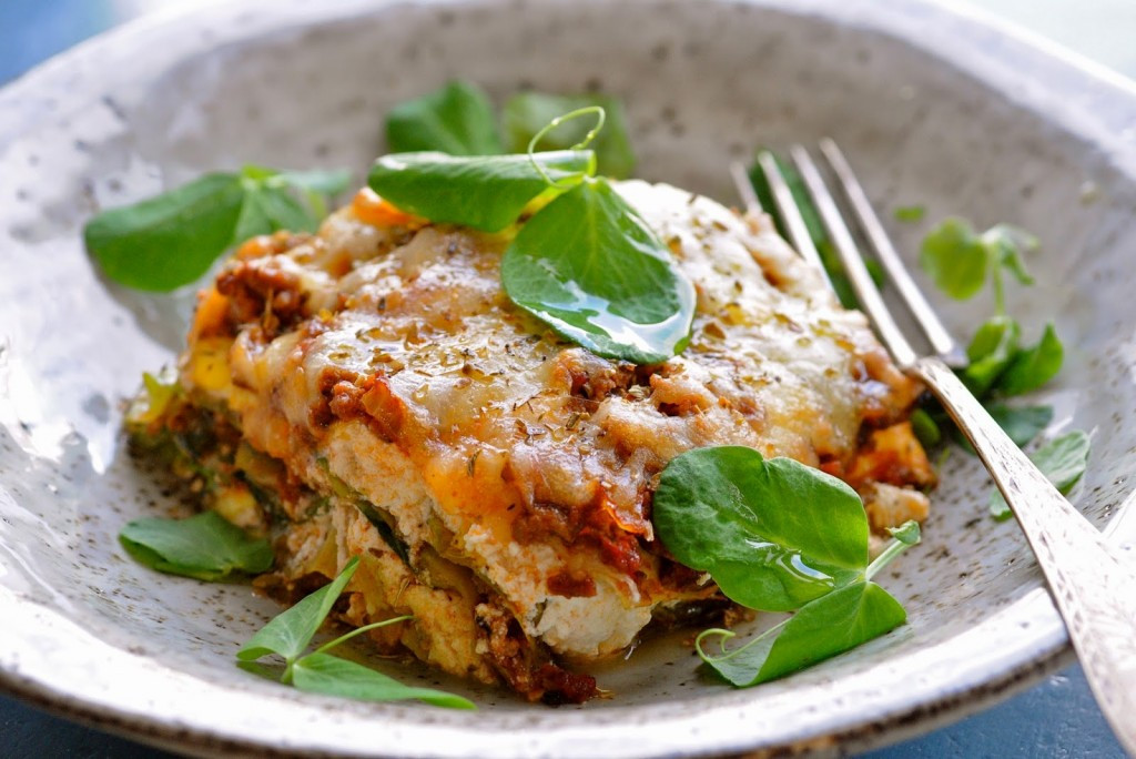 Healthy Lasagna Recipe  Healthy Lasagna Recipe with layers of cabbage