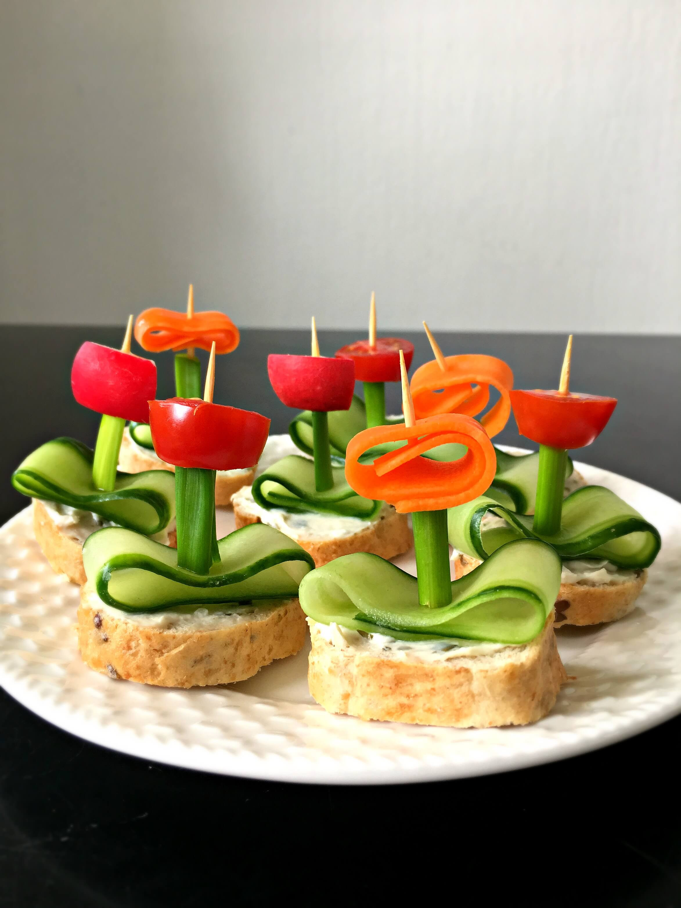 "Healthy Vegetarian Appetizers  Vegan Flower Appetizers with Herb ""Cream Cheese"""