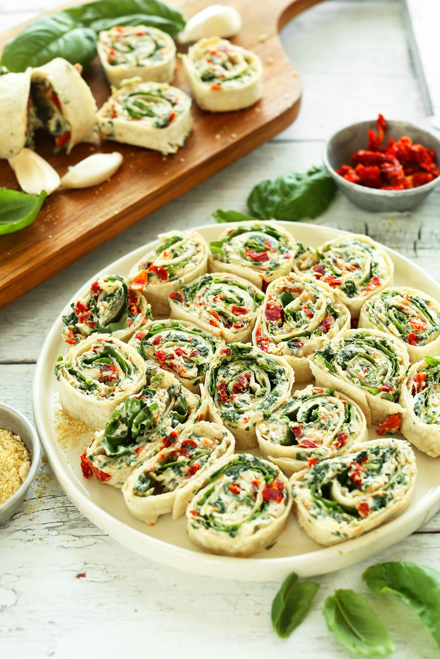 Healthy Vegetarian Appetizers  Sun Dried Tomato Basil Pinwheels