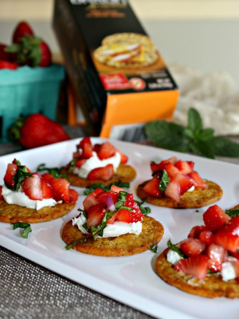 Healthy Vegetarian Appetizers  Strawberry and Goat Cheese Appetizers Simple And Savory