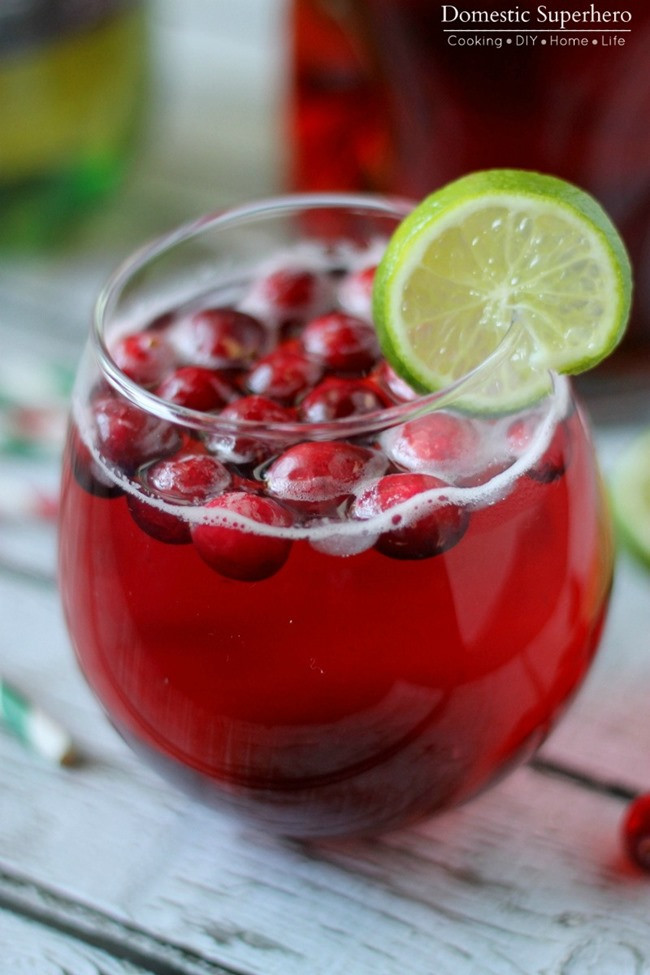 Holiday Drinks With Vodka  Cranberry Ginger Cocktail & Quick Cranberry Holiday