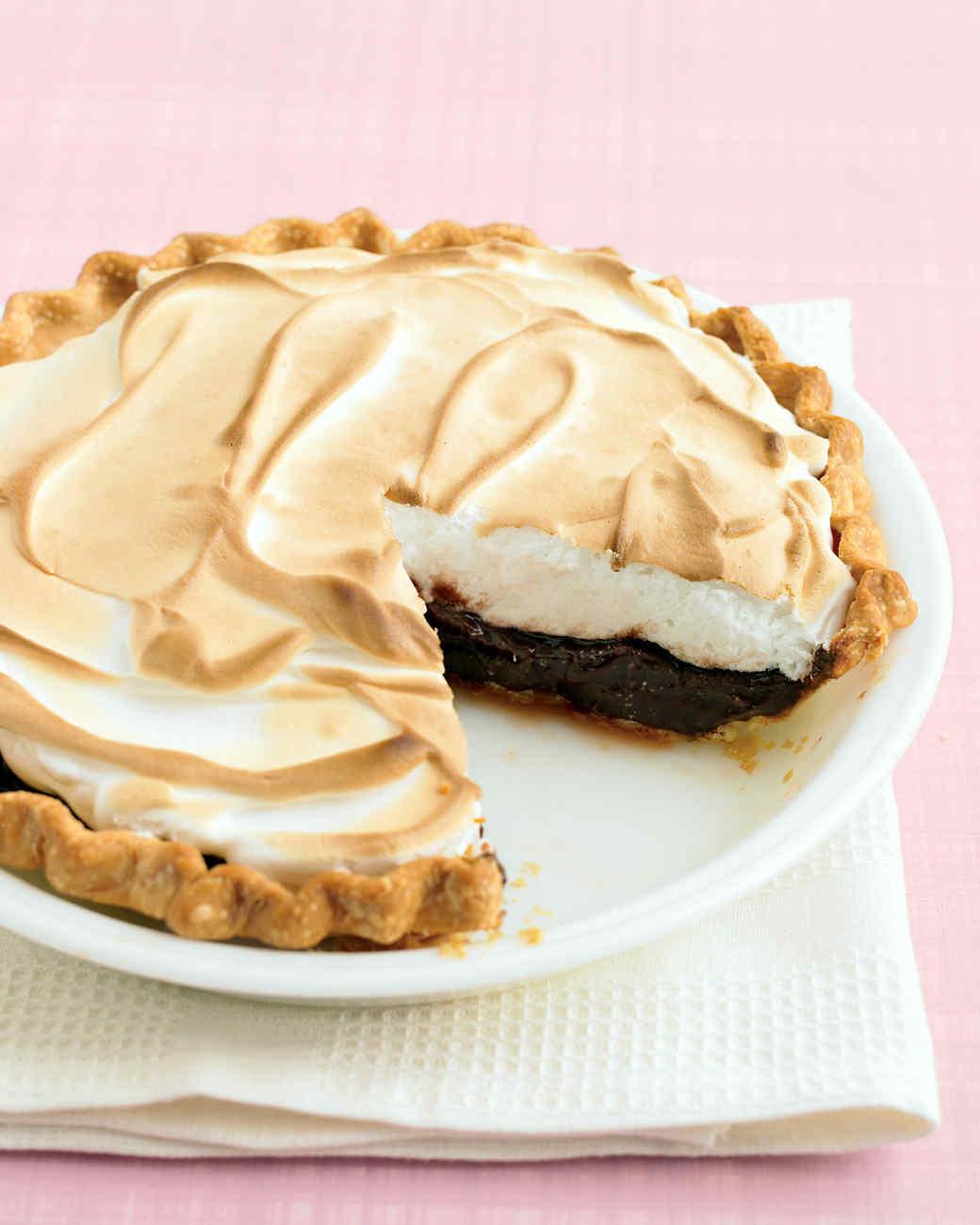 Homemade Chocolate Pie  easy chocolate meringue pie
