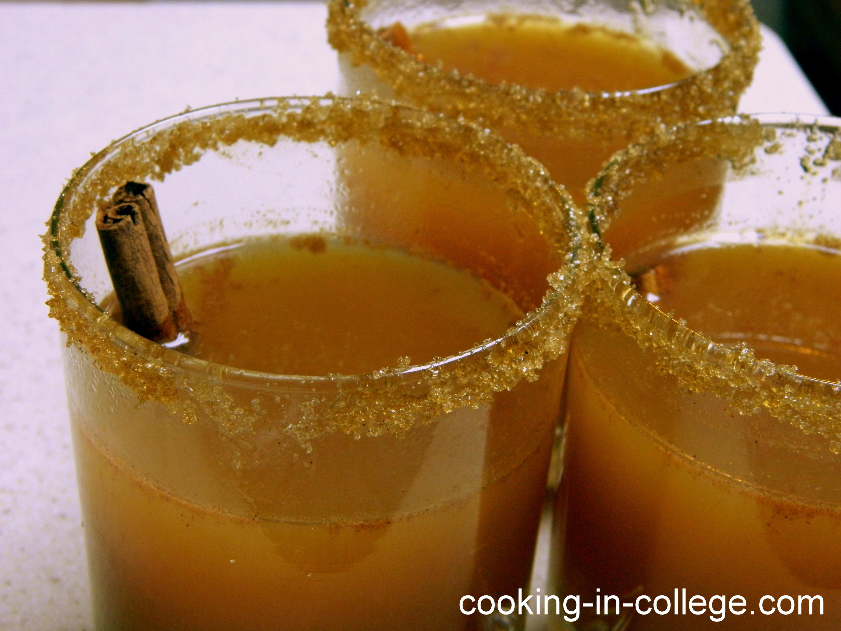 Hot Vodka Drinks  Hot Caramel Apple Cider for grown ups